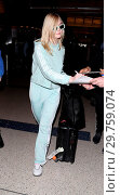 Купить «Elle Fanning arrives at Los Angeles International Airport (LAX) Featuring: Elle Fanning Where: Los Angeles, California, United States When: 22 Feb 2018 Credit: WENN.com», фото № 29759074, снято 22 февраля 2018 г. (c) age Fotostock / Фотобанк Лори