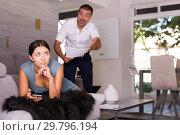 Купить «Frustrated woman with screaming husband», фото № 29796194, снято 17 июля 2018 г. (c) Яков Филимонов / Фотобанк Лори