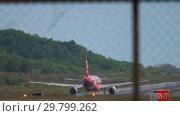 Купить «Airplane departure from Phuket», видеоролик № 29799262, снято 30 ноября 2018 г. (c) Игорь Жоров / Фотобанк Лори