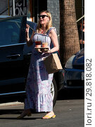 Купить «Pregnant Kirsten Dunst has lunch and gets coffee with a friend Featuring: Kirsten Dunst Where: Los Angeles, California, United States When: 31 Jan 2018 Credit: WENN.com», фото № 29818082, снято 31 января 2018 г. (c) age Fotostock / Фотобанк Лори