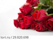 Купить «close up of red roses bunch», фото № 29820698, снято 8 февраля 2018 г. (c) Syda Productions / Фотобанк Лори