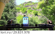 Купить «Old soviet rusty and functioning ropeway or cable car cabins in Chiatura», видеоролик № 29831978, снято 30 января 2019 г. (c) Mikhail Starodubov / Фотобанк Лори