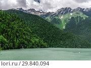 Купить «Mountains surrounding Ritsa Lake in an Abkhazia», фото № 29840094, снято 3 июня 2018 г. (c) Володина Ольга / Фотобанк Лори