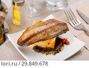 Купить «Mackerel fillet with mashed potatoes and spices», фото № 29849678, снято 19 июля 2019 г. (c) Яков Филимонов / Фотобанк Лори