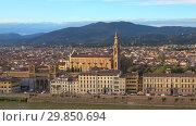 Купить «Вид на церковь Святого Креста (Basilica di Santa Croce) сентябрьским вечером. Флоренция, Италия», видеоролик № 29850694, снято 19 сентября 2017 г. (c) Виктор Карасев / Фотобанк Лори