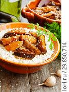 Купить «Рис с куриной грудкой и баклажанами», фото № 29850714, снято 11 октября 2018 г. (c) Надежда Мишкова / Фотобанк Лори