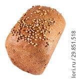 Купить «Ржано-пшеничный хлеб, посыпанный зернами кориандра», фото № 29851518, снято 2 февраля 2019 г. (c) Румянцева Наталия / Фотобанк Лори