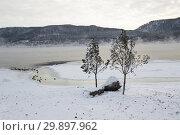 Зима в Красноярске. Незамерзающий Енисей (2019 год). Стоковое фото, фотограф Шичкина Антонина / Фотобанк Лори