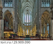 Купить «Интерьер Кёльнского собора, Германия», фото № 29909090, снято 10 декабря 2018 г. (c) Михаил Марковский / Фотобанк Лори