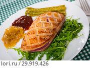 Купить «Fried duck breast Magre served with tasty sauces and arugula», фото № 29919426, снято 22 марта 2019 г. (c) Яков Филимонов / Фотобанк Лори