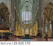 Купить «Интерьер Кёльнского собора, Германия», фото № 29920170, снято 10 декабря 2018 г. (c) Михаил Марковский / Фотобанк Лори