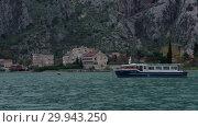 Купить «Timelapse - Beautiful Sea Harbor With Floating Boats», видеоролик № 29943250, снято 15 декабря 2017 г. (c) Pavel Biryukov / Фотобанк Лори