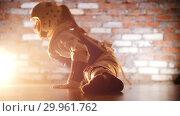 Купить «Martial arts. Little girl training her karate skills. Showing the split and her stretching», видеоролик № 29961762, снято 8 июля 2020 г. (c) Константин Шишкин / Фотобанк Лори