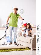 Купить «Husband helping leg injured wife in housework», фото № 29963786, снято 4 октября 2018 г. (c) Elnur / Фотобанк Лори