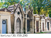 Купить «A view of the Pere Lachaise, the most famous cemetery of Paris, France, with the tombs of very famous people», фото № 30159290, снято 9 сентября 2018 г. (c) Николай Коржов / Фотобанк Лори