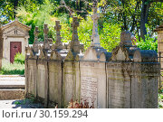 Купить «A view of the Pere Lachaise, the most famous cemetery of Paris, France, with the tombs of very famous people», фото № 30159294, снято 9 сентября 2018 г. (c) Николай Коржов / Фотобанк Лори