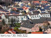 Купить «Solar settlement in Bottrop, Ruhr area, Germany, Europe», фото № 30160322, снято 20 января 2019 г. (c) Caro Photoagency / Фотобанк Лори