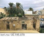 Old house in Famagusta. Стоковое фото, фотограф Andre Maslennikov / age Fotostock / Фотобанк Лори