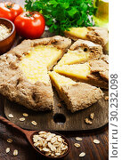 Купить «Galetta with oat flakes and cheese», фото № 30232098, снято 9 ноября 2018 г. (c) Надежда Мишкова / Фотобанк Лори