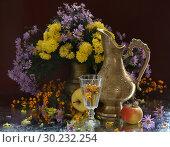 Купить «Still life with a copper jug, wine and a bouquet of flowers», фото № 30232254, снято 3 декабря 2010 г. (c) Марина Володько / Фотобанк Лори
