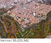 Купить «View from drone of Pamplona, Spain», фото № 30233342, снято 3 декабря 2018 г. (c) Яков Филимонов / Фотобанк Лори