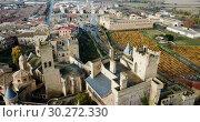 Купить «Towers of castle Palacio Real de Olite. Spain», видеоролик № 30272330, снято 20 декабря 2018 г. (c) Яков Филимонов / Фотобанк Лори