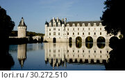 Купить «Chateau de Chenonceau in valley of River Cher, Chenonceaux, France», видеоролик № 30272510, снято 8 октября 2018 г. (c) Яков Филимонов / Фотобанк Лори