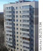 Купить «Двенадцатиэтажный одноподъездный блочный жилой дом серии II-18/12 (1968 года постройки). Измайловский проспект, 91, корпус 1. Район Восточное Измайлово. Москва», эксклюзивное фото № 30273134, снято 16 марта 2015 г. (c) lana1501 / Фотобанк Лори