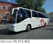 Купить «Автобус», фото № 30313462, снято 19 июня 2018 г. (c) Кургузкин Константин Владимирович / Фотобанк Лори