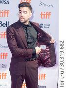 Купить «Premiere of 'The Carter Effect' during the 42nd Toronto International Film Festival, at Princess of Wales Theatre in Toronto, Canada. Featuring: Sean Menard...», фото № 30319682, снято 9 сентября 2017 г. (c) age Fotostock / Фотобанк Лори