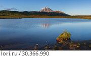 Купить «Горное озеро», фото № 30366990, снято 12 сентября 2018 г. (c) А. А. Пирагис / Фотобанк Лори