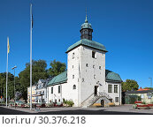 Купить «Ратуша в Вадстене - старейшая сохранившаяся ратуша Швеции», фото № 30376218, снято 26 августа 2013 г. (c) Михаил Марковский / Фотобанк Лори