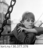 Купить «Berlin, German Democratic Republic, Angelica Domroese, actress», фото № 30377378, снято 1 апреля 1963 г. (c) Caro Photoagency / Фотобанк Лори