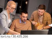 Купить «business team with computer working late at office», фото № 30435266, снято 26 ноября 2017 г. (c) Syda Productions / Фотобанк Лори
