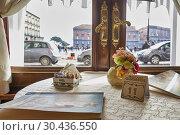 Naples Campania Italy. Gran Caffé Gambrinus. Piazza Plebiscito. Стоковое фото, фотограф Marco Brivio / age Fotostock / Фотобанк Лори