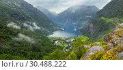 Купить «Geiranger Fjord from Dalsnibba mount, Norge», фото № 30488222, снято 17 июля 2013 г. (c) Юрий Брыкайло / Фотобанк Лори