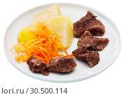Купить «Steamed veal with grated carrot, potatoes», фото № 30500114, снято 24 апреля 2019 г. (c) Яков Филимонов / Фотобанк Лори
