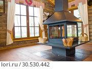 Interior of hunter's house. Стоковое фото, фотограф Tryapitsyn Sergiy / Фотобанк Лори