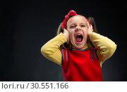 Купить «Little girl screaming», фото № 30551166, снято 8 марта 2015 г. (c) Tryapitsyn Sergiy / Фотобанк Лори