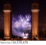 Купить «Salute in night. Barcelona», фото № 30578678, снято 24 сентября 2013 г. (c) Яков Филимонов / Фотобанк Лори