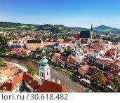 Купить «Top view of Cesky Krumlov, Czech Republic», фото № 30618482, снято 6 сентября 2014 г. (c) Наталья Волкова / Фотобанк Лори