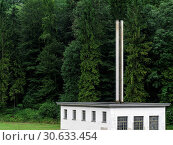 Forest and factory. Стоковое фото, фотограф sumners / easy Fotostock / Фотобанк Лори