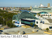 Купить «The Florida Aquarium at the cruise docks downtown Tampa Florida.», фото № 30637462, снято 17 января 2019 г. (c) age Fotostock / Фотобанк Лори