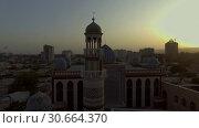 Купить «Съёмка мечети с коптера. Душанбе, Таджикистан.», видеоролик № 30664370, снято 31 июля 2016 г. (c) kinocopter / Фотобанк Лори
