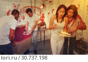 Купить «Scared girls with medical instruments in lost room», фото № 30737198, снято 8 октября 2018 г. (c) Яков Филимонов / Фотобанк Лори