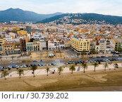 Купить «Aerial view of Roses with palm promenade», фото № 30739202, снято 2 февраля 2019 г. (c) Яков Филимонов / Фотобанк Лори