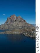 Herzfelsen in Uummannaq, Grönland | Umanak mountain, Greenland. Стоковое фото, фотограф Zoonar.com/Günter Lenz / age Fotostock / Фотобанк Лори