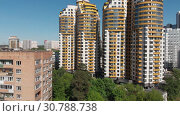 Купить «Khimki, Russia - May 18.2019. View of the beautiful urban architecture», видеоролик № 30788738, снято 21 мая 2019 г. (c) Володина Ольга / Фотобанк Лори