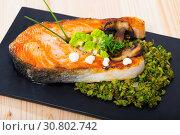 Купить «Grilled steak of salmon with broccoli», фото № 30802742, снято 14 декабря 2019 г. (c) Яков Филимонов / Фотобанк Лори