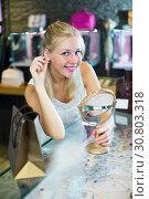 Купить «Woman choosing earrings in jewellery boutique», фото № 30803318, снято 21 мая 2019 г. (c) Яков Филимонов / Фотобанк Лори